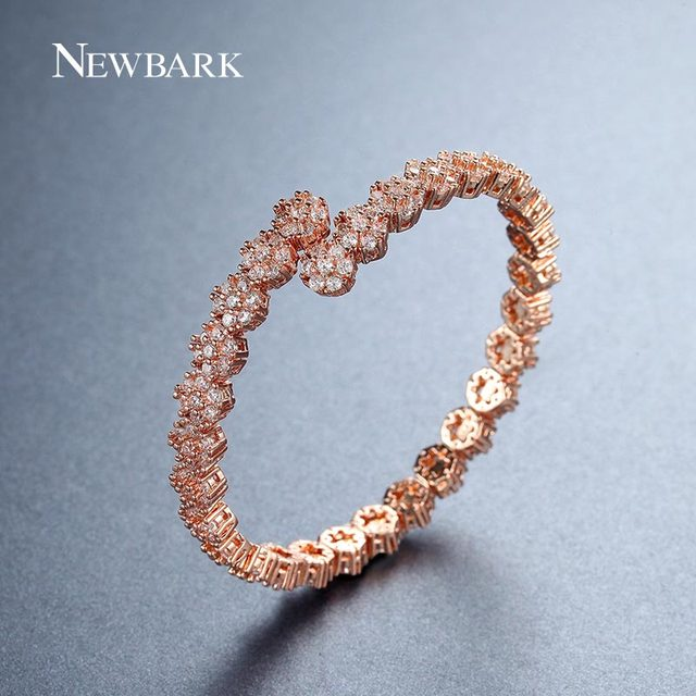 NEWBARK Latest Cubic Zirconia Bracelet&Bangle Luxury Three Colors Open Interface 30pcs Flowers Full Crystal Garland Gift Jewelry