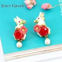 Alice Serie Handgemaakte Emaille Kleine Konijn Bunny Parel Kralen Gold Earring Voor Vrouwen Mode-sieraden Chirurgische Soorten oorbellen