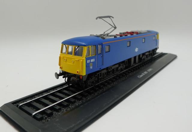 أطلس قطار الدرجة 81 003 (1960) 1/87 دييكاست نموذج