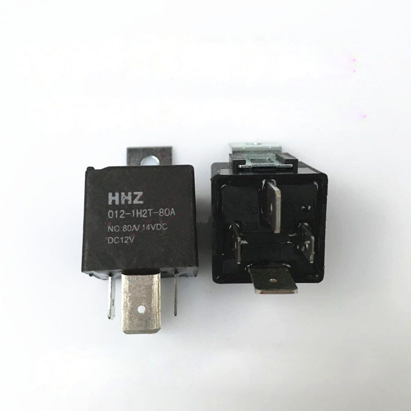 relais automobile 12V 80A  1,8W