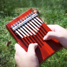 Free Lettering 10 Keys Thumb Piano Kalimba Red Wooden Mbira Likembe Sanza Finger Piano Traditional Musical Instrument Great Gift