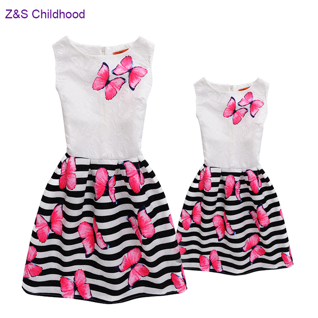 10145c26061a Fashion Family Matching Mother Daughter Clothes Mom and Daughter Dress  Butterfly Print Teenage Girls Dress Family Look Mommy Me