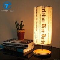 Rétro chambre de chevet lampe de table simple de mode cadeau personnalité petite lampe de bureau journal ombre