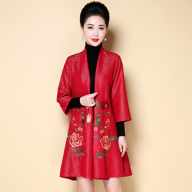 Middle-aged Women Embroidery flowers   Trench   Coat 2019 New Spring Autumn Elegant Plus Size 5XL Windbreaker Female NW1376
