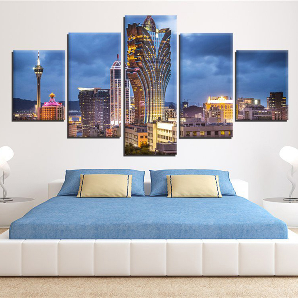 HD Modern Living Room Pictures Canvas Print 5 Panel Grand Lisboa Macau Skyscrapers Landscape Painting Wall Art Poster Home Decor
