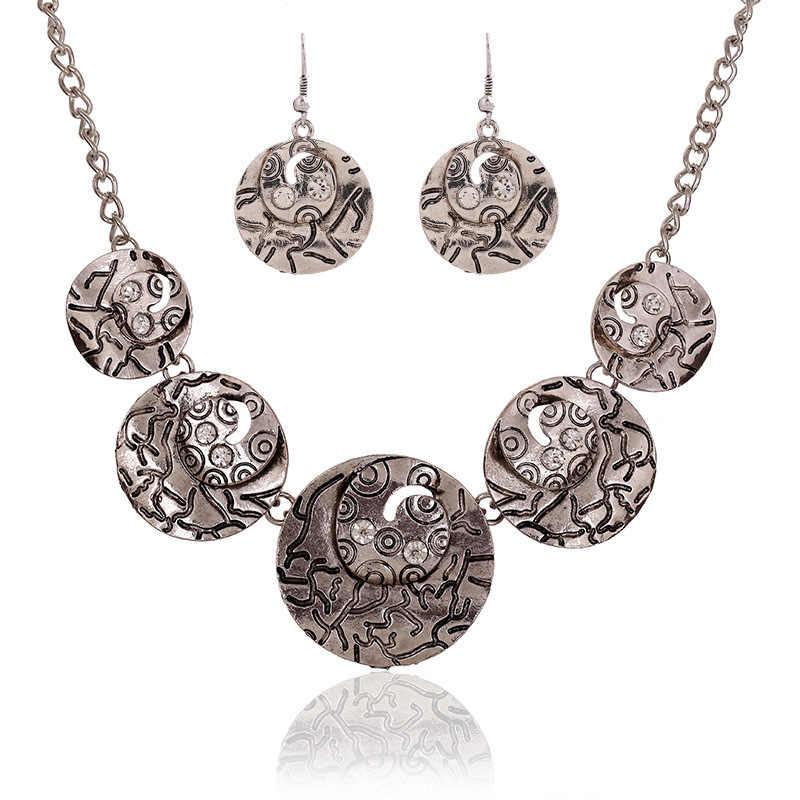 Vintage Bạc Màu Châu Âu Phong Cách Trang Sức Sets Retro Vòng Hollow Khắc Mẫu Phụ Nữ Chokers Necklace Earrings N2715