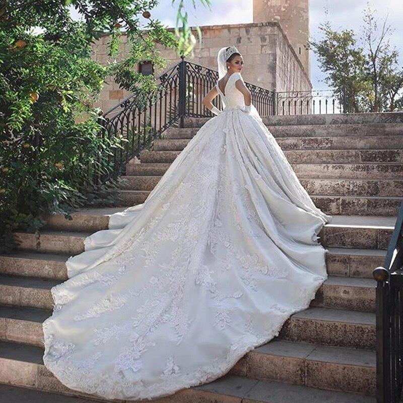 Robe De Mariee Courte manches courtes Robe De mariée Boho 80 cm Train robes De mariée Dubai afrique robes De mariée col en V robes De mariée