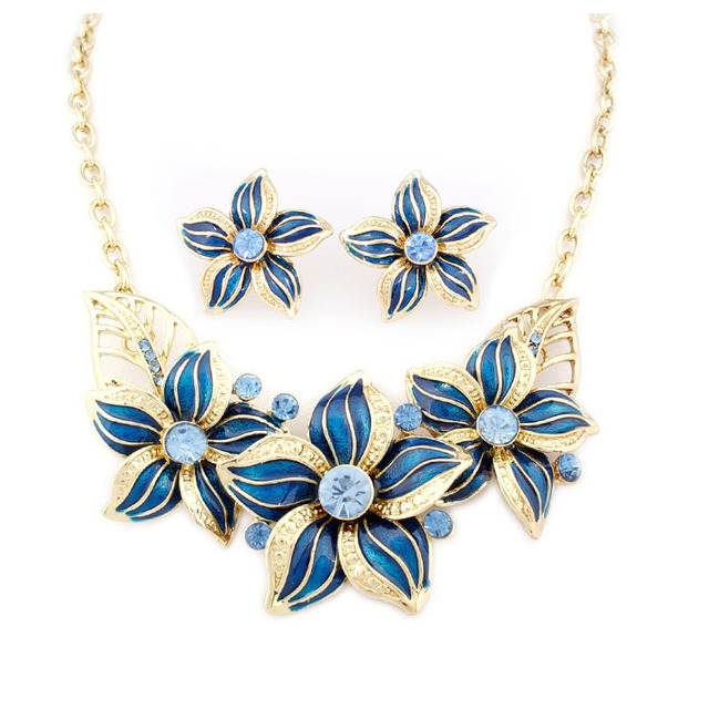 High Quality Alloy Flower Choker Necklaces Earrings Set Enamel Jewellery 18k Gold Fashion