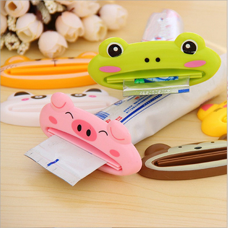 1pcs Cute Animal multifunction squeezer / toothpaste squeezer Home Commodity Bathroom Tube Cartoon Toothpaste Dispenser A3071(China)