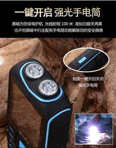 Image 3 - الأصلي KUH T3 2.4 بوصة قوة البنك الهاتف المزدوج سيم بطاقات كاميرا MP3 المزدوج مصباح يدوي كبير صوت وعرة صدمات رخيصة الهاتف المحمول