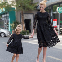 2018 New Spring Lace Hollow Princess Dress Family Look Matching Clothes Mom Baby Outfits Mother Daughter