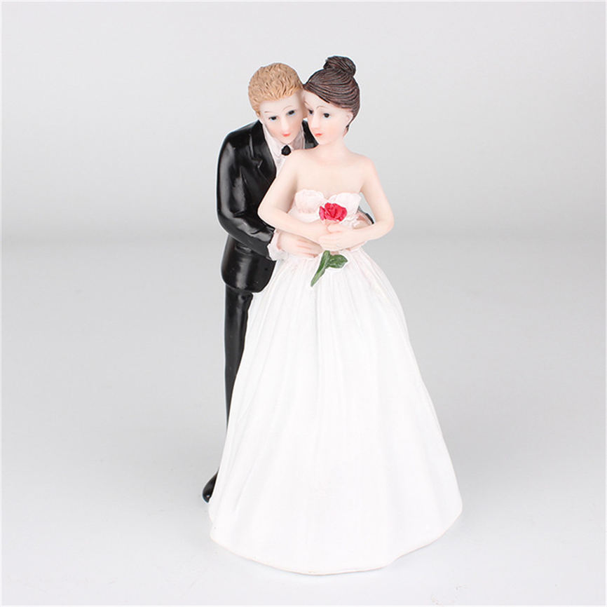 New Quality Cake Doll Crystal Romantic Bride and Groom Wedding Cake Topper Couple Hug Kiss Bridal Decoration Wholesale &920