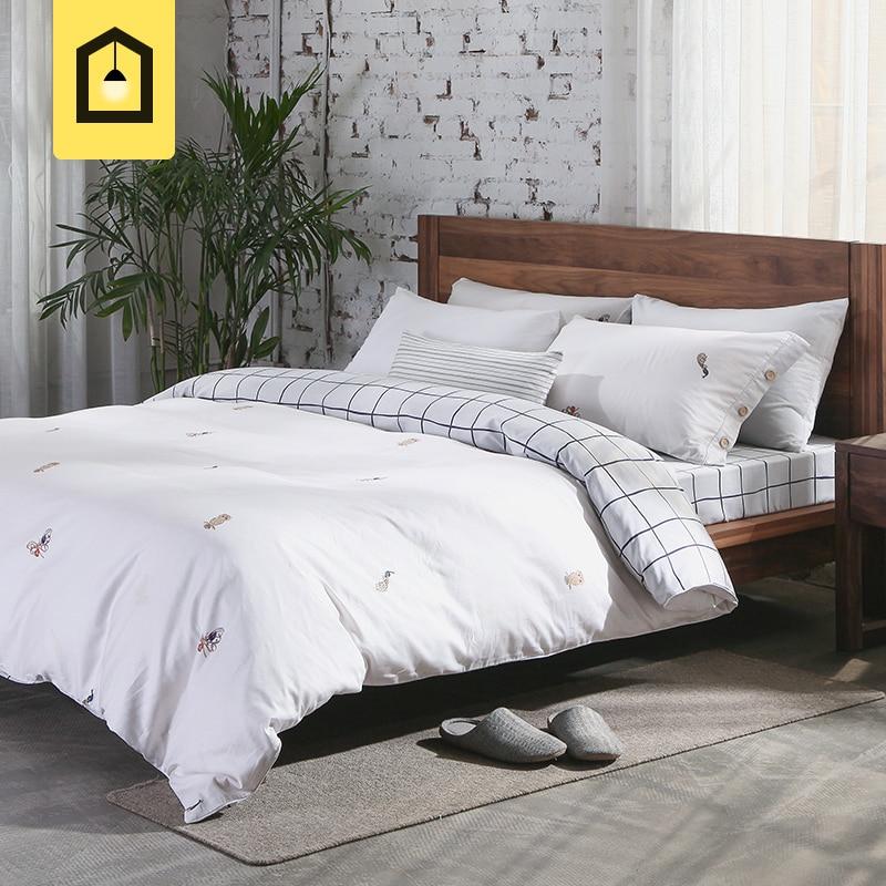 Postoral White Brief 100%Cotton bedding sets home textile 4pcs Animal Plaid Double Sides Print Wood Button sheet duvet cover