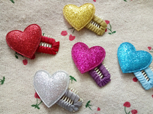 2016 Handmade Pet flower wig Heart snap BB hair clip flowers Grooming Accessories Dogs Gift 50pcs