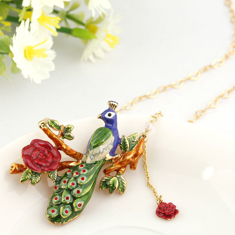 Squirrel Mushroom Red Fruit Fairy Tale Christmas Gift Necklace & Pendant For Women Enamel Choker Fashion Charm jewelry Neckless christmas bell enamel pendant necklace