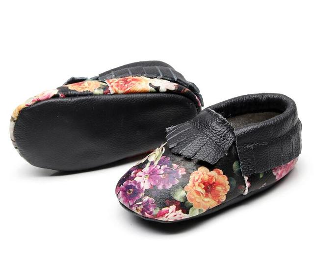 2019 New Cow leather black flower baby girls shoes fringe baby moccasins high quality soft sole first walker shoes