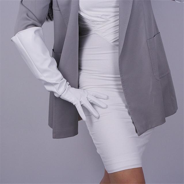 Модные женские длинные перчатки, широкие манжеты, искусственная кожа, три бруска, белые, черные, 50 см, унисекс, T78