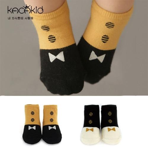 9359f9649f8 2016 nova inverno meias cor da moda confortável laço pequeno crianças  antiderrapante meias de algodão meias