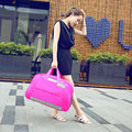 2017 Mujeres Viajan Bolsas Sólidos e Impermeables Señoras Del Bolso de Gran Capacidad de Bolsa de Viaje Bolsa Feminina Mujer Bolsas Multifuncionales