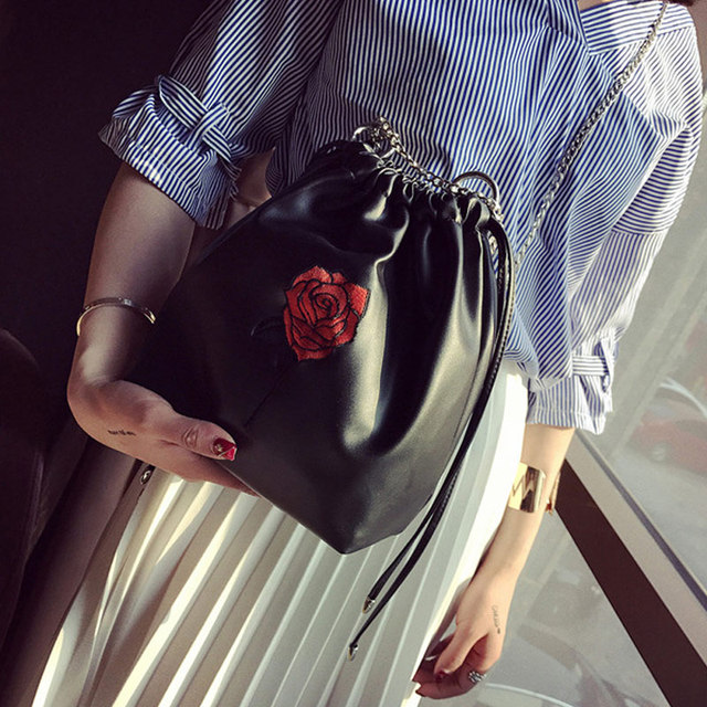 Fashion Korean Women Mini Bucket Bag Leather Rose Embroidery Chain  Drawstring Casual Lady Girls Messenger Shoulder Bags AB W