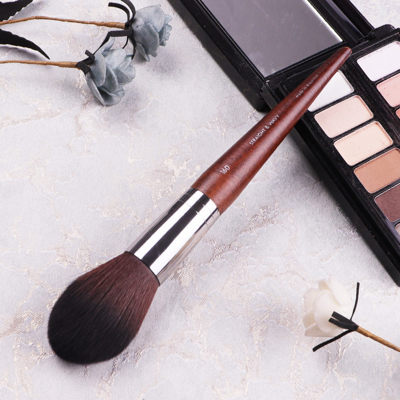 Professional Blusher Brush #160Natural Wood Wavy Synthetic Fiber Angled Precision Blush Brush Makeup Tool