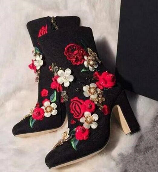 High quality embroidered flowers thick high heels retro ankle boots for woman round toe side zipper spring autumn short boots