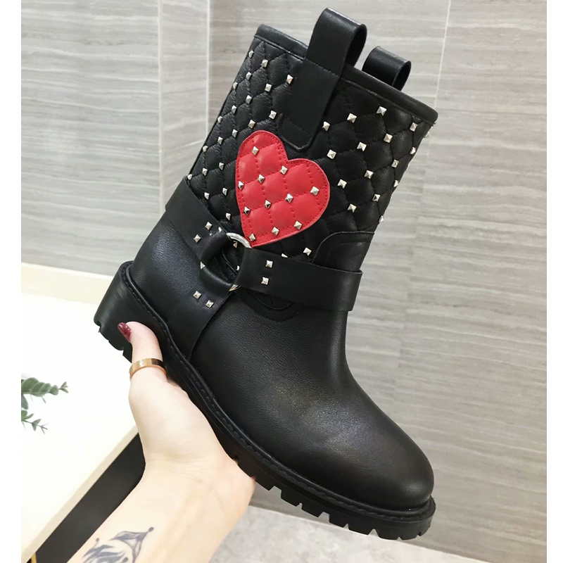 Chic Women Boots Leather Slip On Mid-calf Boots Low Heel Red Heart Pattern Rivets Embellished Short Booties Metal Decor Shoes 2018 new women mid calf boots thin heel booties black leather women half boots ladies patent leather boots slip on