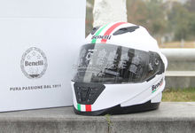 Professional Motorcycle helmet BENELLI Cross helmet Full face helmet with a lens of high quality helmet