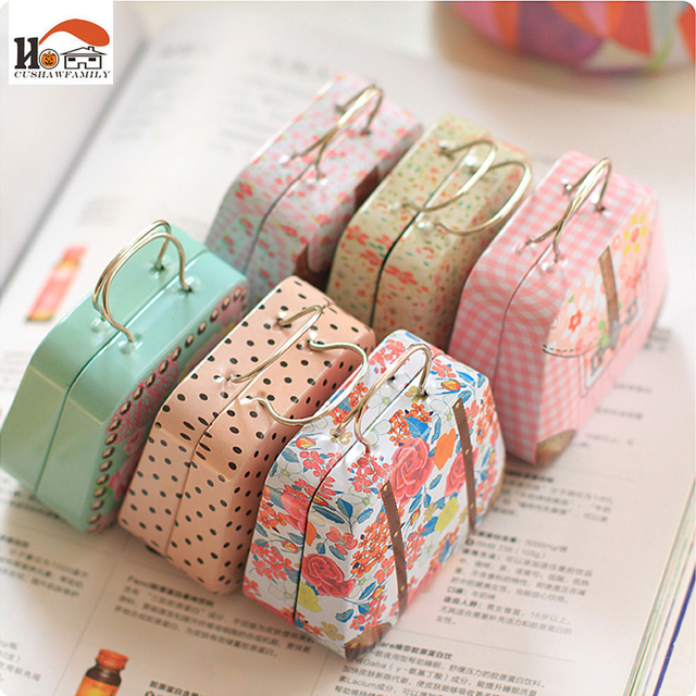 CUSHAWFAMILY 1 pcs creative Large handbags style candy storage box wedding favor tin box cable organizer container household