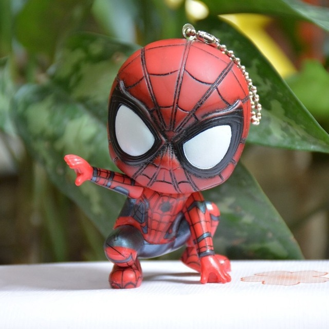 7.5 Fashionable Movie Spider Man Keychain Hero Homecoming Car Key Ring Pendant Spiderman Keychains Toys Women Men JewelryTrinket