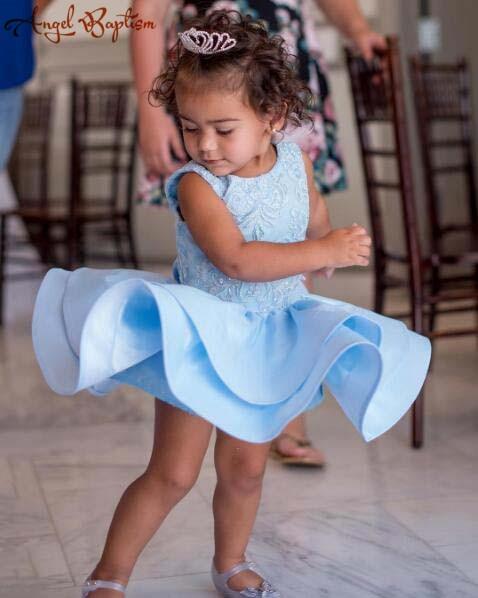 2018 été mignon bleu ciel bébé 1st fête d'anniversaire robes mini cupcake fleur fille robe pour enfant en bas âge avec perles perles dentelle arc