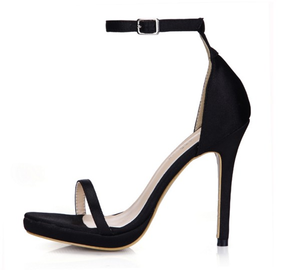 Hot 2018 nouvelle mode talons hauts sandales gladiateur boucle plate-forme confortable femmes chaussures d'été fête robe de mariée pompes