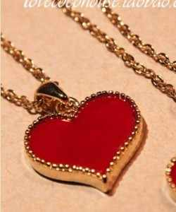 N008 Hot fashion hot new Gossip Girl Serena red heart necklace with love clavicle models wholesale free shipping