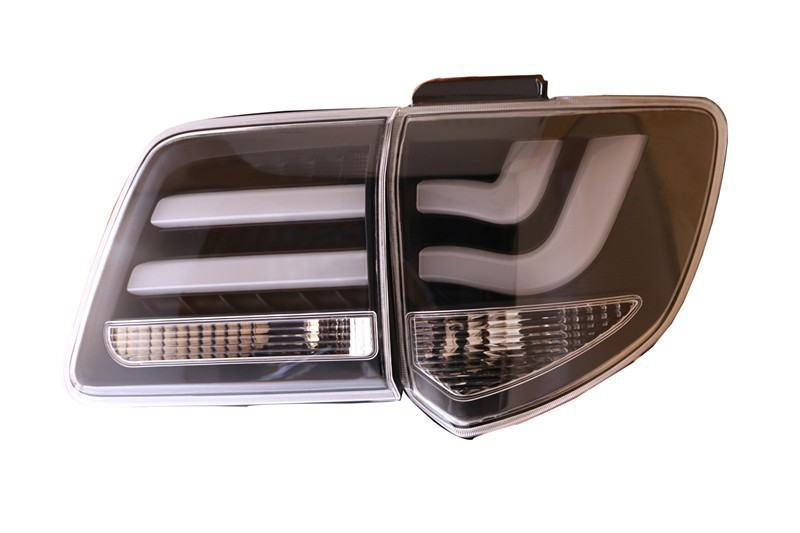 Car styling LED Tail Lamp for Toyota Fortuner Tail Lights 2012-2015 Rear Trunk Lamp Cover DRL Signal Brake Reverse car rear trunk security shield cargo cover for volkswagen vw tiguan 2016 2017 2018 high qualit black beige auto accessories