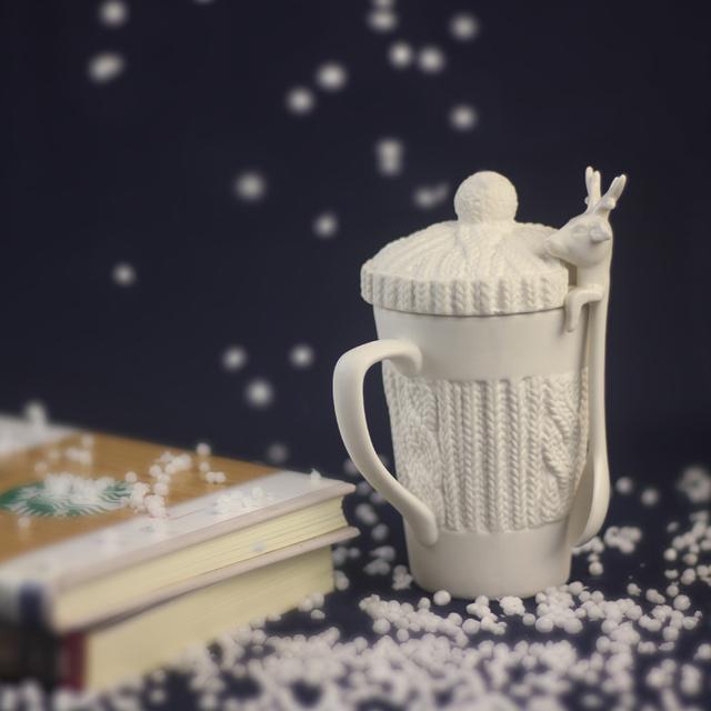 3D Amimal Couples Cups With Lid Christmas Mugs Cute Embossed Milu Deer Coffee Mug Milk Tea Cups Snow Ceramic Mug Creative Gift