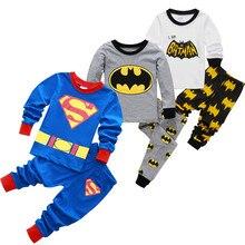 Комплекты одежды для детей; одежда для сна для мальчиков; детский пижамный комплект с Бэтменом; Хлопковая пижама с рисунком для маленьких девочек; пижамы на весну-осень