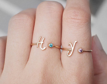 Custom Design Brithstone Rings for Women Popular Letter Crystal Engagement Ring Hot Sale Unique Rings for Friends in 2016 sweet rhinestoned letter s pattern design triangle ring for women