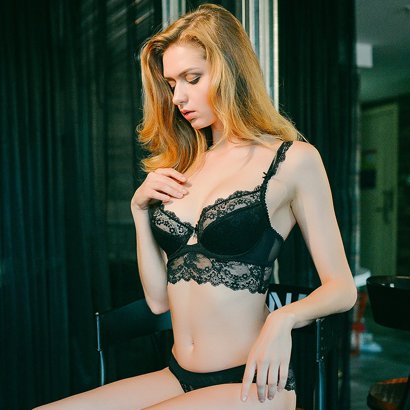 Girls Beauty Room Sexy Convergence And Adjustment Of Sexy Lace Underwear Bra Suit To Accept A Pair Of Thin Bra Size In Bra Brief Sets From Womens