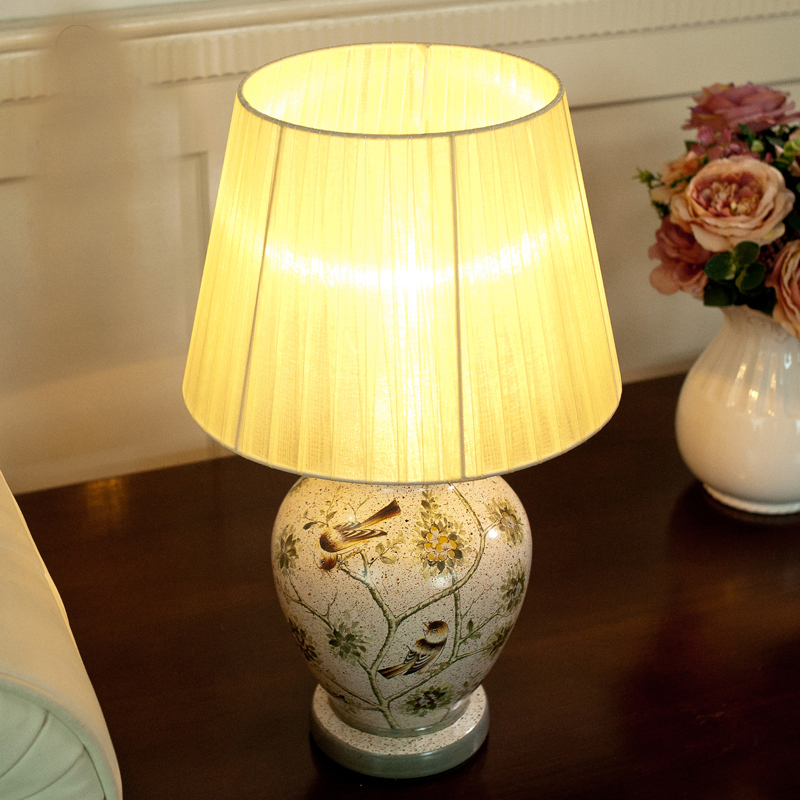 ФОТО 2017 W20''*H50'' vintage bedside lamp, e27 Ceramic cloth lampshade table lamp wediing decoration lamp,abajur para quarto