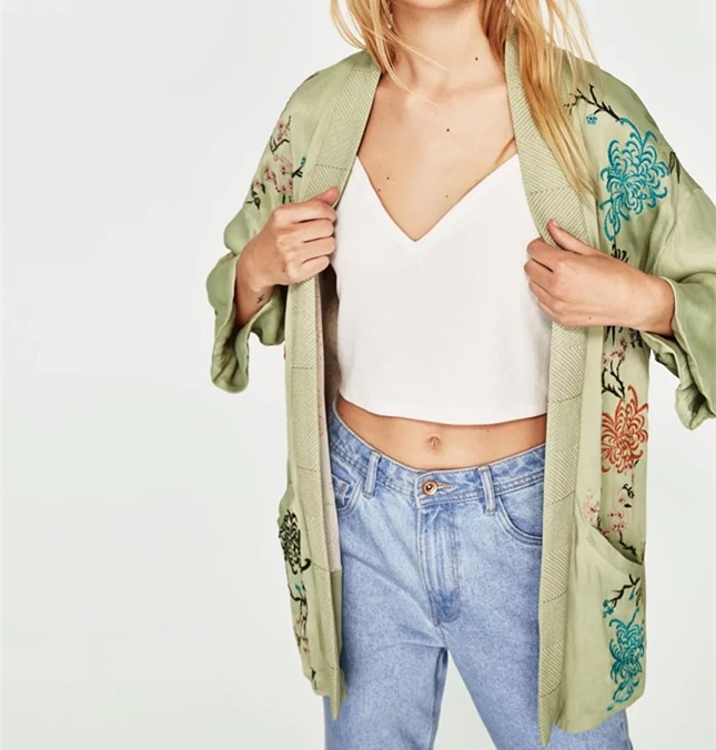 M0610Z6 Europe and the United States 2017 new summer embroidery kimono coat 7157 0611
