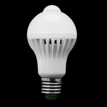 E27 5W/7W/9W LED PIR Motion Sensor Auto Energy Saving Light Lamp Bulb Infrared W315