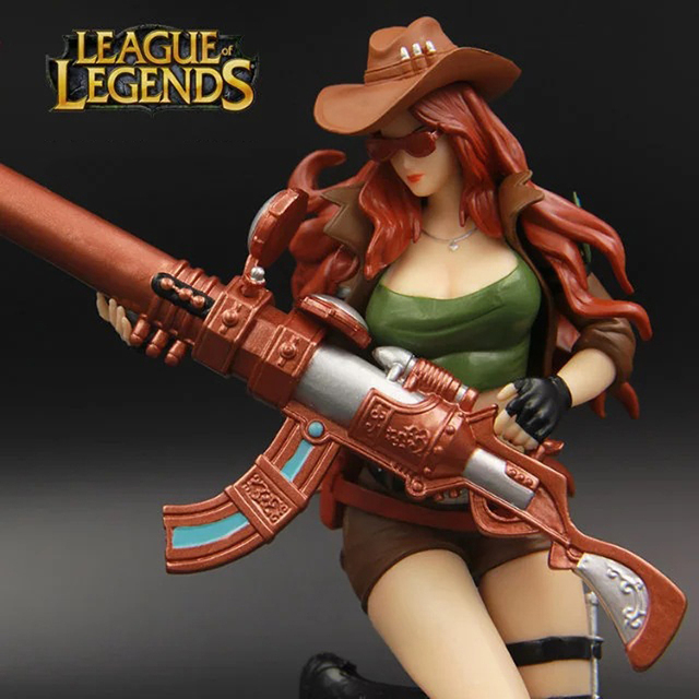 LOL League of Legends figure Action Game Caitlyn Sheriff of Piltover Character Model Toy action 3D Game Heros anime party Gift 2