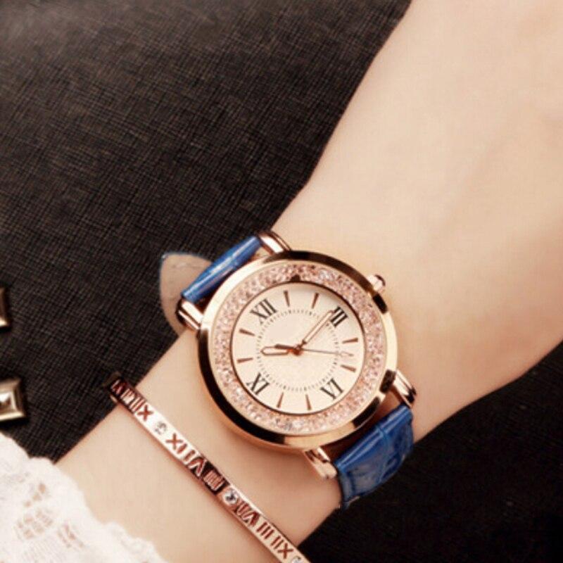 Luxury Womens Watches Fashion Elegant Quartz Wristwatch Leather Band Ladies Mobile Rhinestone Bracelet Clock