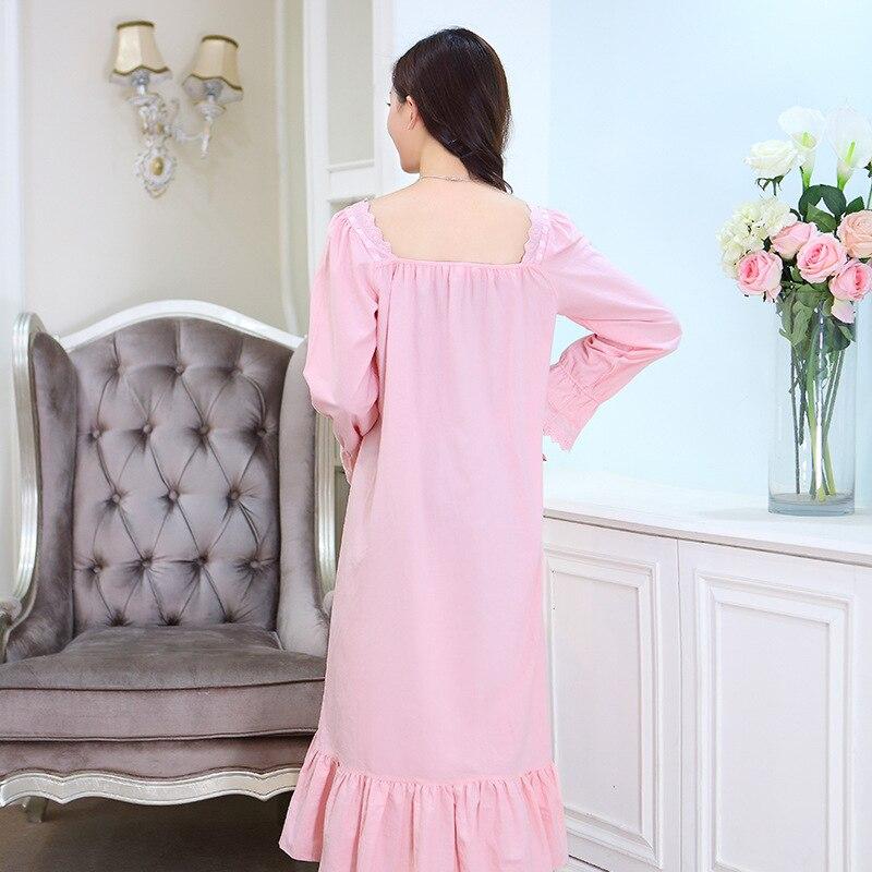 Aliexpress.com   Buy Women Nightgowns White Spring Autumn 100% Cotton  Princess Royal Vintage Sleepshirts Long sleeve Long Sleepwear Fashion  Lounge from ... e9b2b9c06