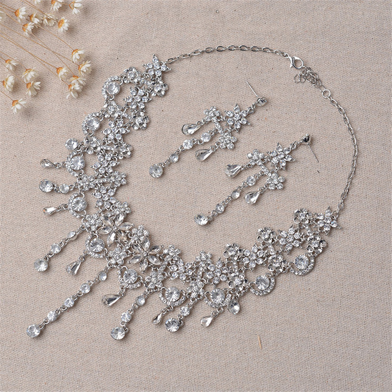 Magnificent Crystal Wedding Bride Head Chain Hair Ornaments Rhinestone Indian Forehead Hair Bands Wedding Jewelry Accessories