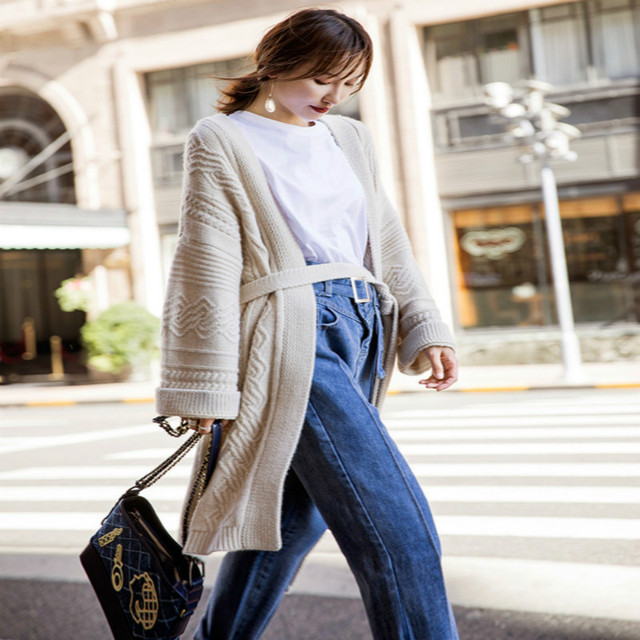 Net red sweater coat female loose autumn and winter 2018 new long thick thick wool lazy wind cashmere knit cardigan