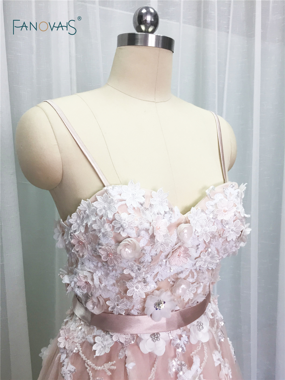 Image 3 - Sexy 2019 Blush Wedding Dresses with Crystal Spaghetti Straps Tulle Flower Wedding Gown Bridal Gown Vestido de Novia BT04blush wedding dresswedding dress with crystalswedding dress -