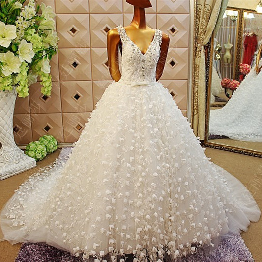 2015 Customize Backless Wedding dress V neck crystal Wedding gown ...