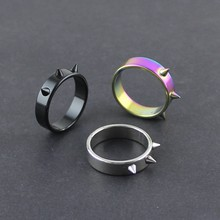Personal Self-defense Titanium Steel Ring Personality Men and Women Self-defense Thorn Head Ring Anti-wolf Nail barbed Ring(China)