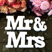 Mr&Mrs+LOVE Wooden Letters Table Centrepiece